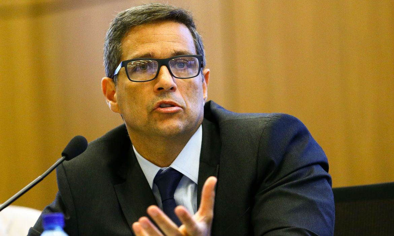 invistaja.info - BC alerta para efeito de gasto de combate à pandemia sobre convergência fiscal