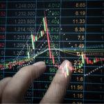 invistaja.info - Ibovespa fecha em leve queda com dia mais fraco em Wall Street e reflexos da ata do Copom