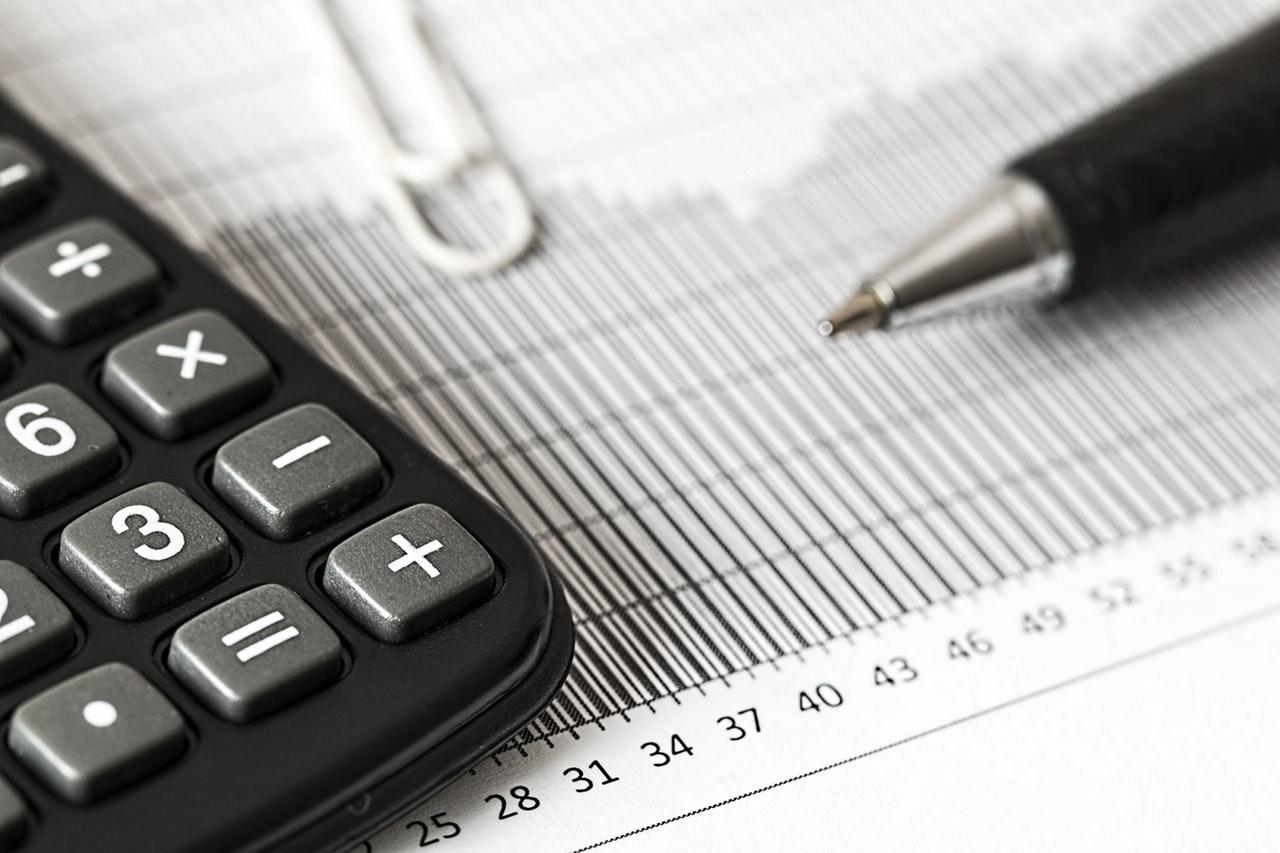 invistaja.info - Banco Central deveria acelerar aumentos de juros agora para não correr atrás da inflação depois, diz economista-chefe do BNP