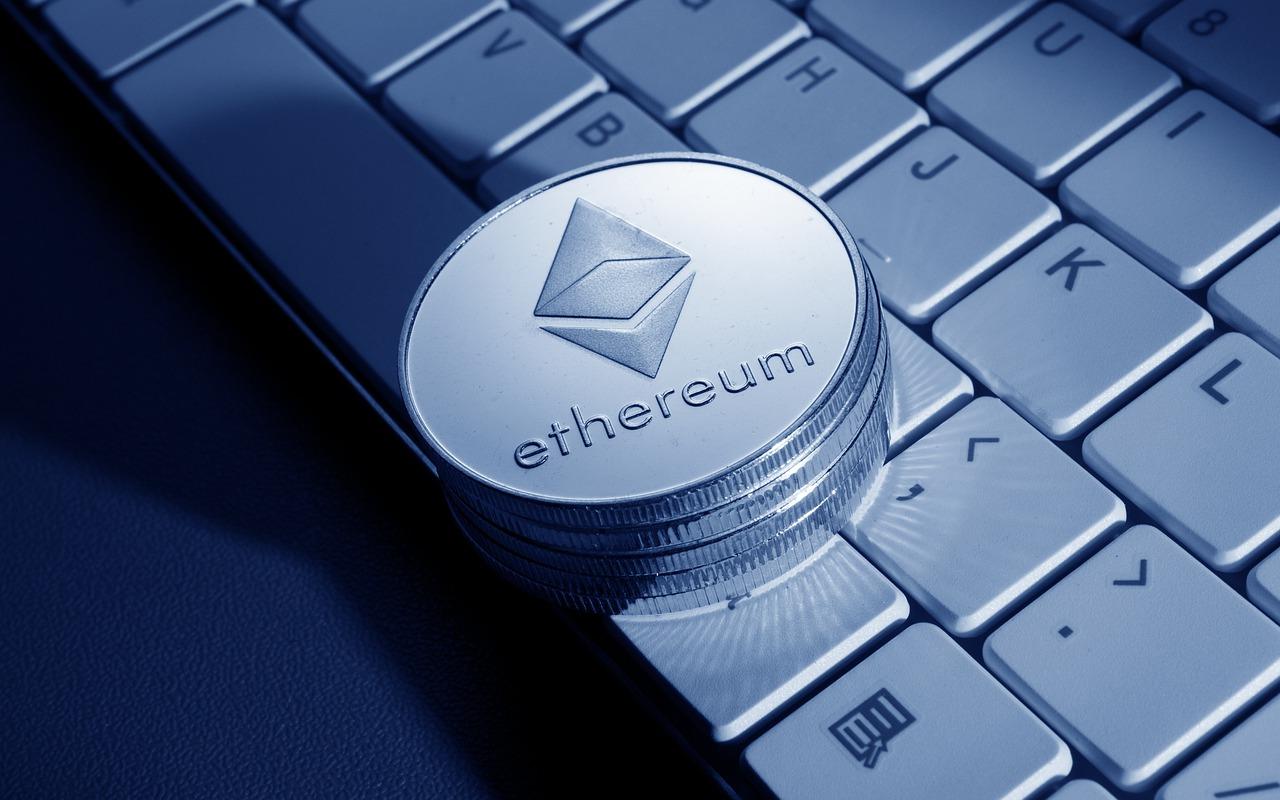 invistaja.info - Ethereum queima US$ 1 bilhão em taxas em meio a novo frenesi dos NFTs